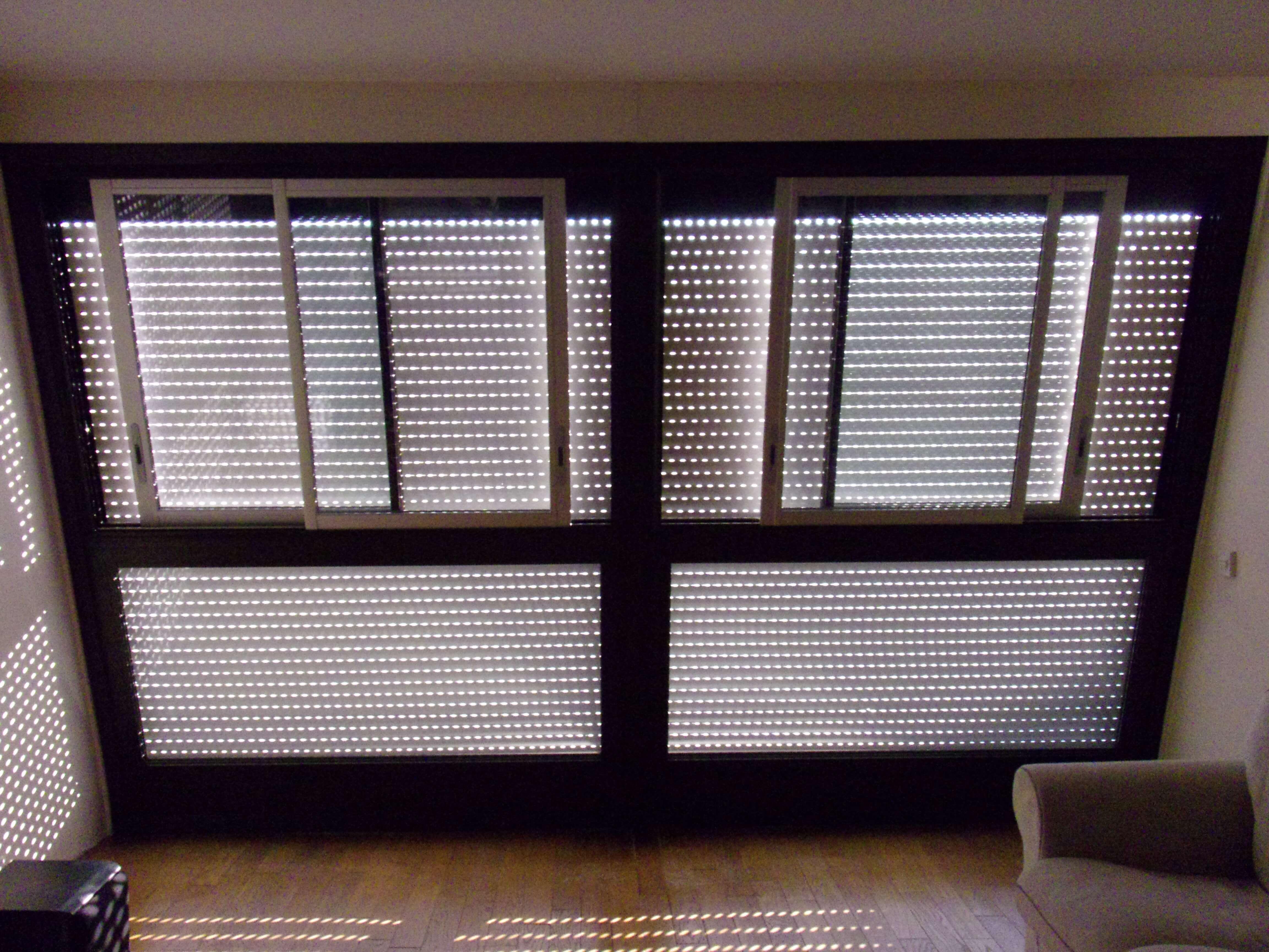 fenêtres coulissantes inclinées