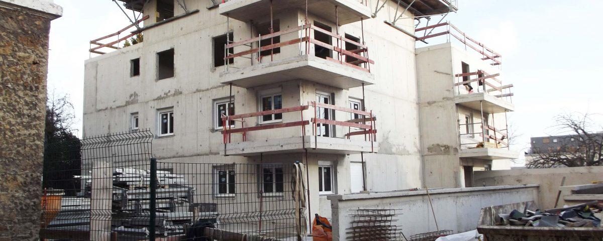 Chantier fenêtres et volets Atelier Stores Fermetures