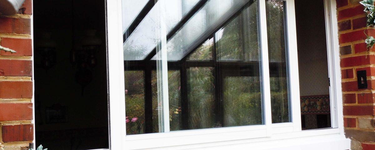 Fenêtre Coulissante Cuisine Atelier Stores Fermetures
