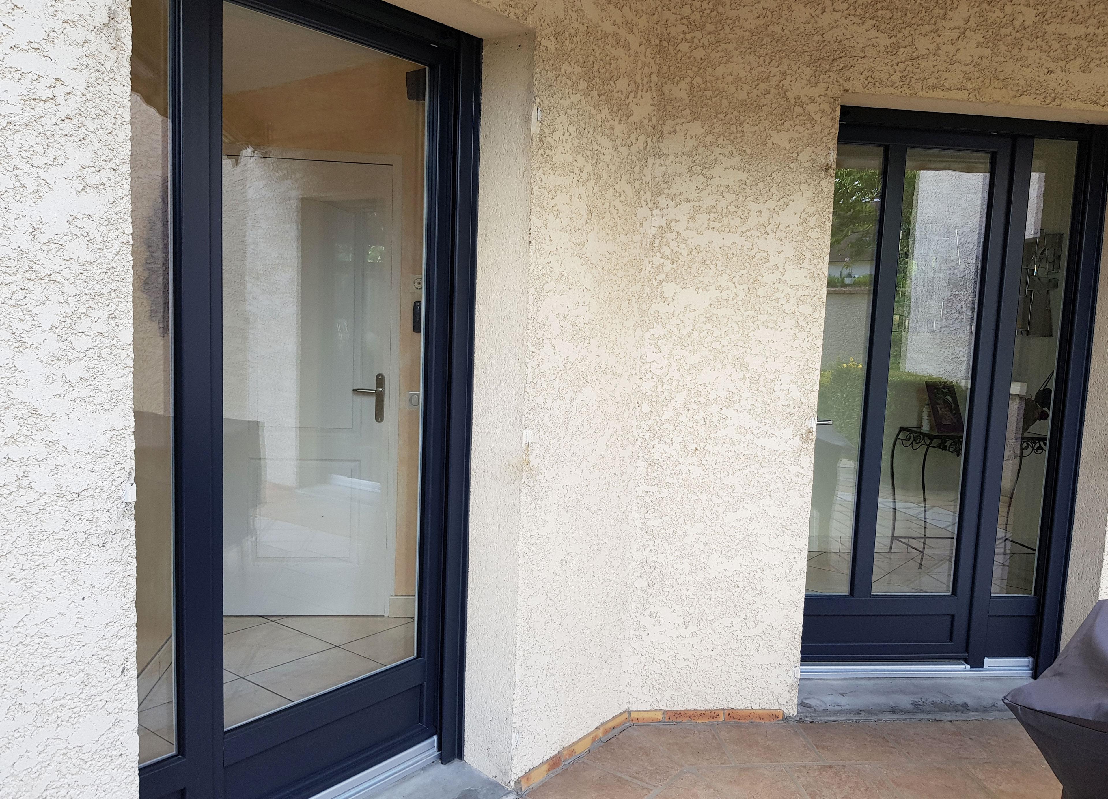 vue façade portes fenêtres